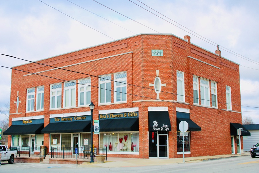 100-104 Washington, Kearney, MO1